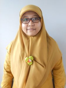 Ema Nur Sari, S.Pd - English